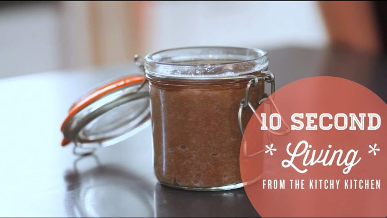 DIY Body Scrub // 10 Second Living with How You Glow