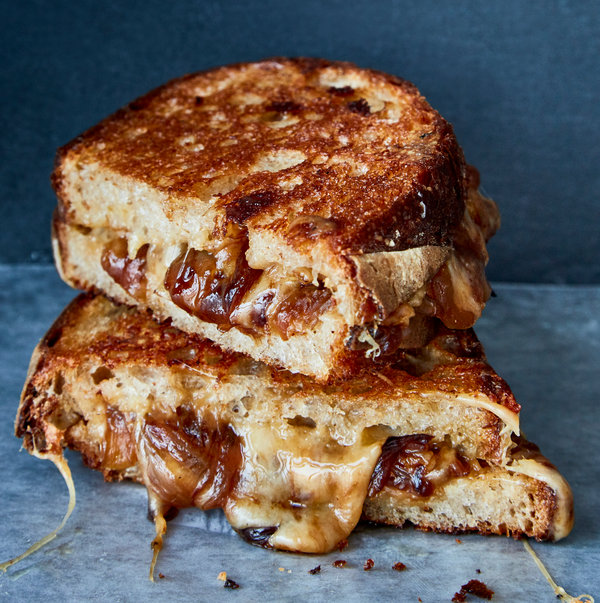 French Onion Grilled Cheese Recipe – NYT Cooking